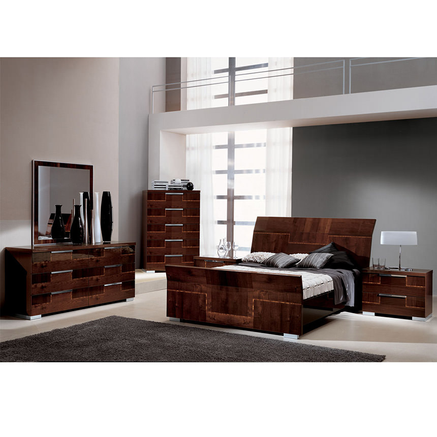Pisa Queen Sleigh Bed Made In Italy El Dorado Furniture