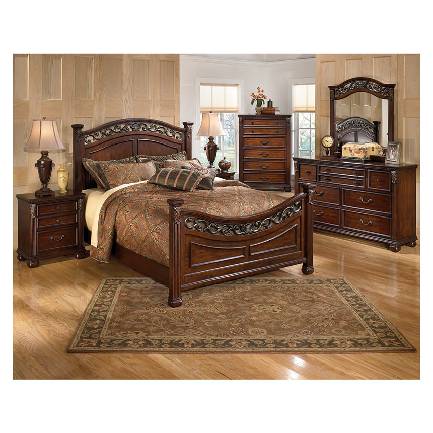 Leahlyn King Poster Bed | El Dorado Furniture
